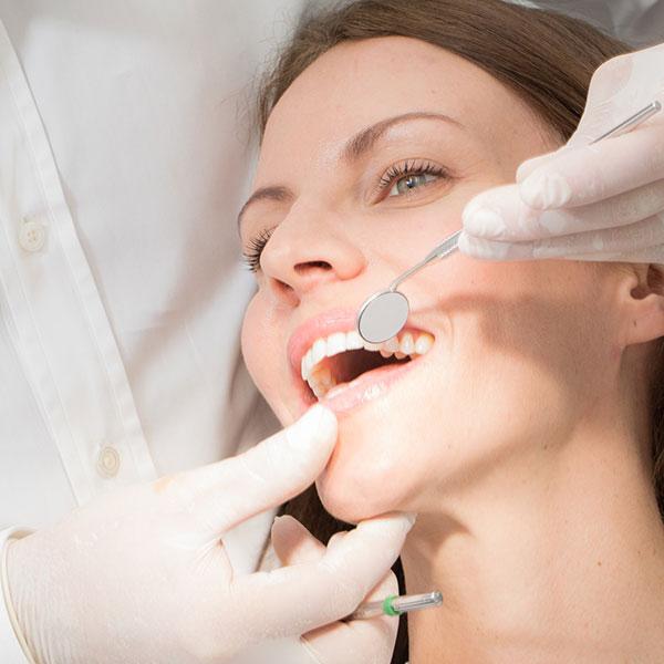 Zahnästhetik in Wien für schöne Zähne.